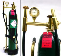 Oxygen Tank with Dolly